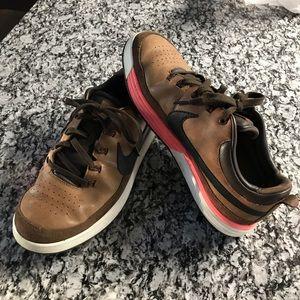 Men's Nike LunarWaverly golf shoes